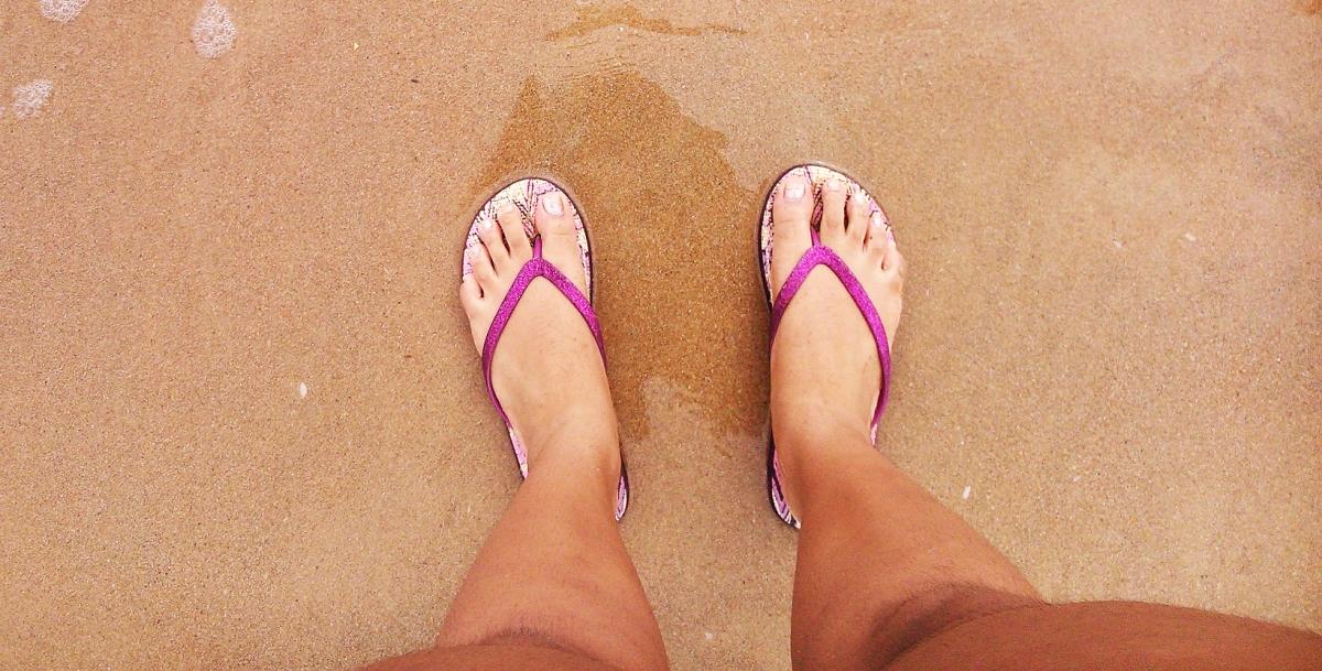 flip-flops-420834_1920